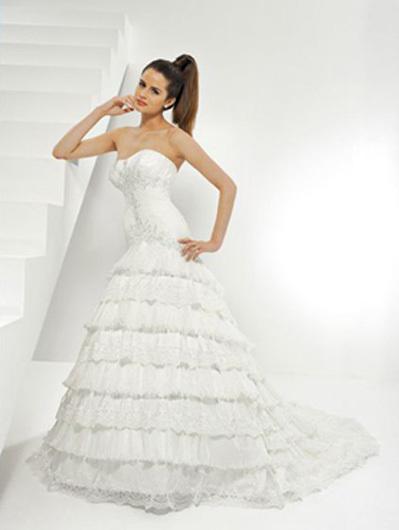 8aab6f425ec Свадебные тенденции 2010-2011 - Свадебный салон